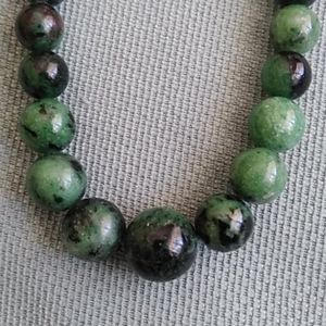 Jewelry - 💚🖤RUBY ZOISITE BEAD NECKLACE 🖤💚